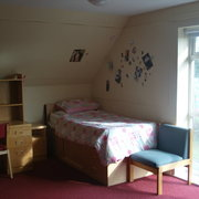 typical_bedroom_-_ardingly.jpg