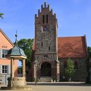 feldsteinkirche_aus_dem_13._jh.jpg
