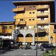 hotel_des_neiges.jpg